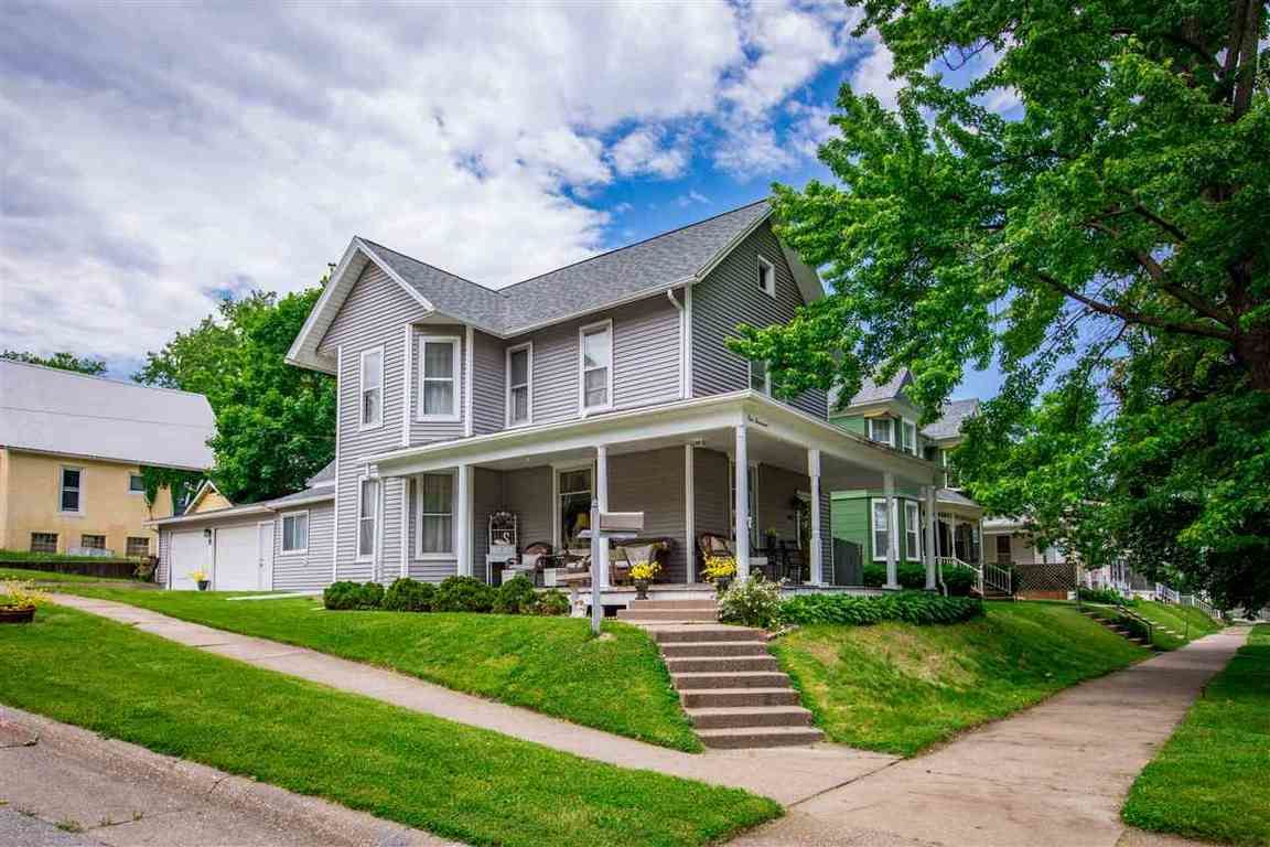 homes for sale in muscatine county ia  homes