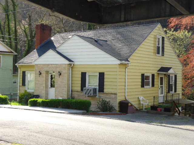 127 SUMMERS STREET Welch WV 24801 id-1176234 homes for sale
