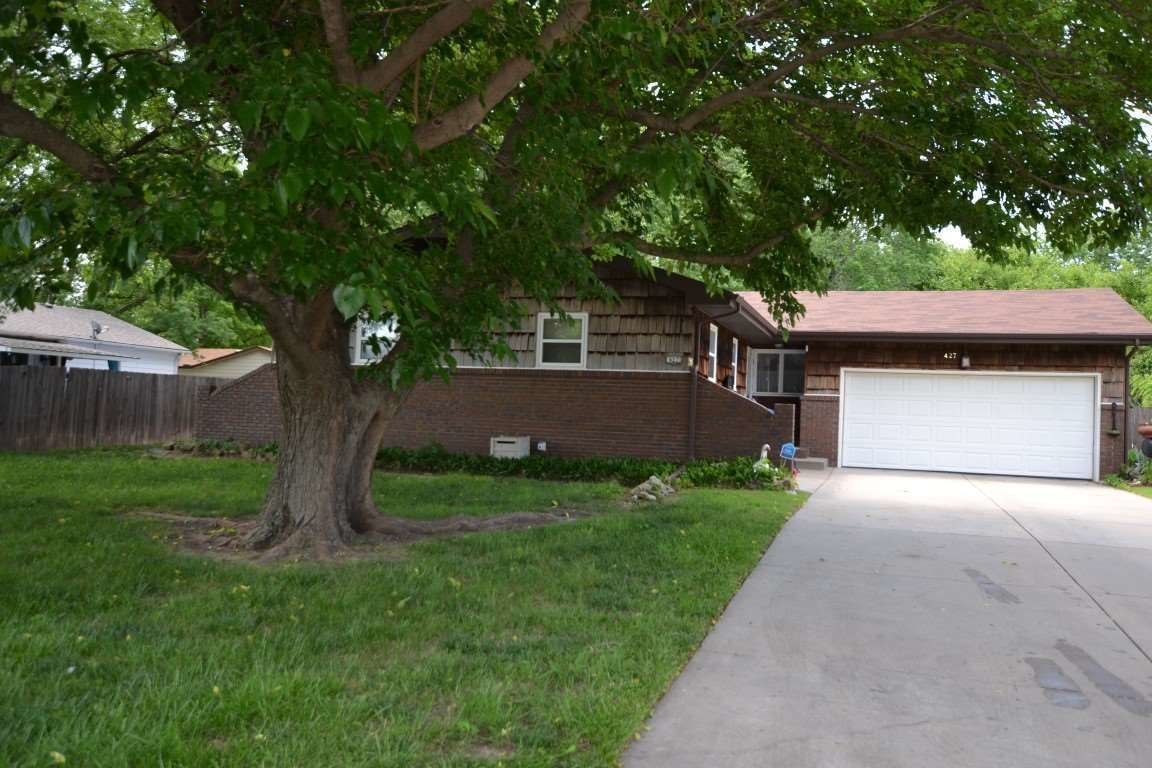 427 RENEE DR Andover KS 67002 id-1249467 homes for sale