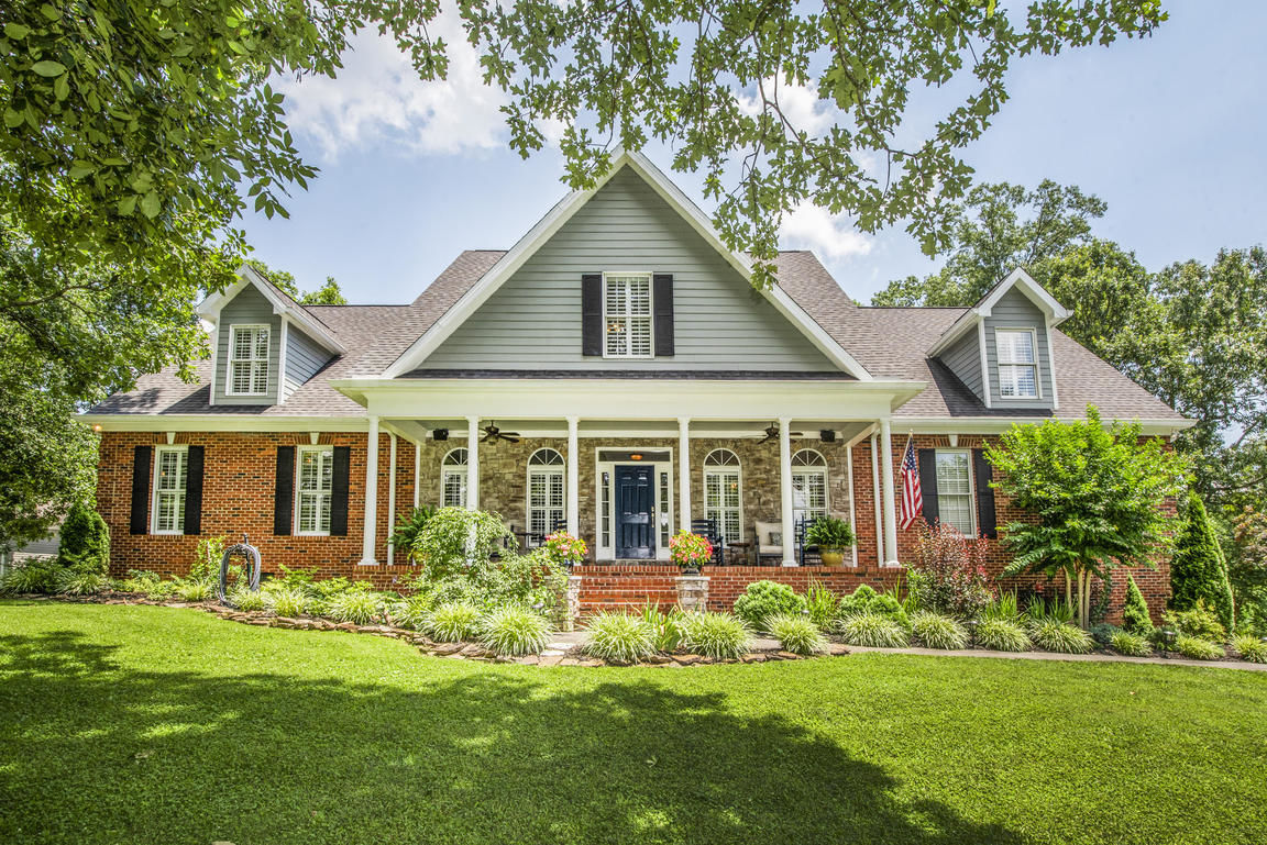 Awesome Homes For Sale In The Conkinnon Pointe Area Of Lenoir City Home Interior And Landscaping Ologienasavecom