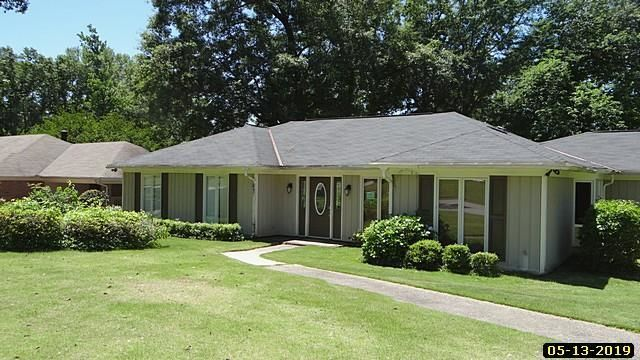 Home For Sale 109 000 4401 Castlewood Parkway Columbus