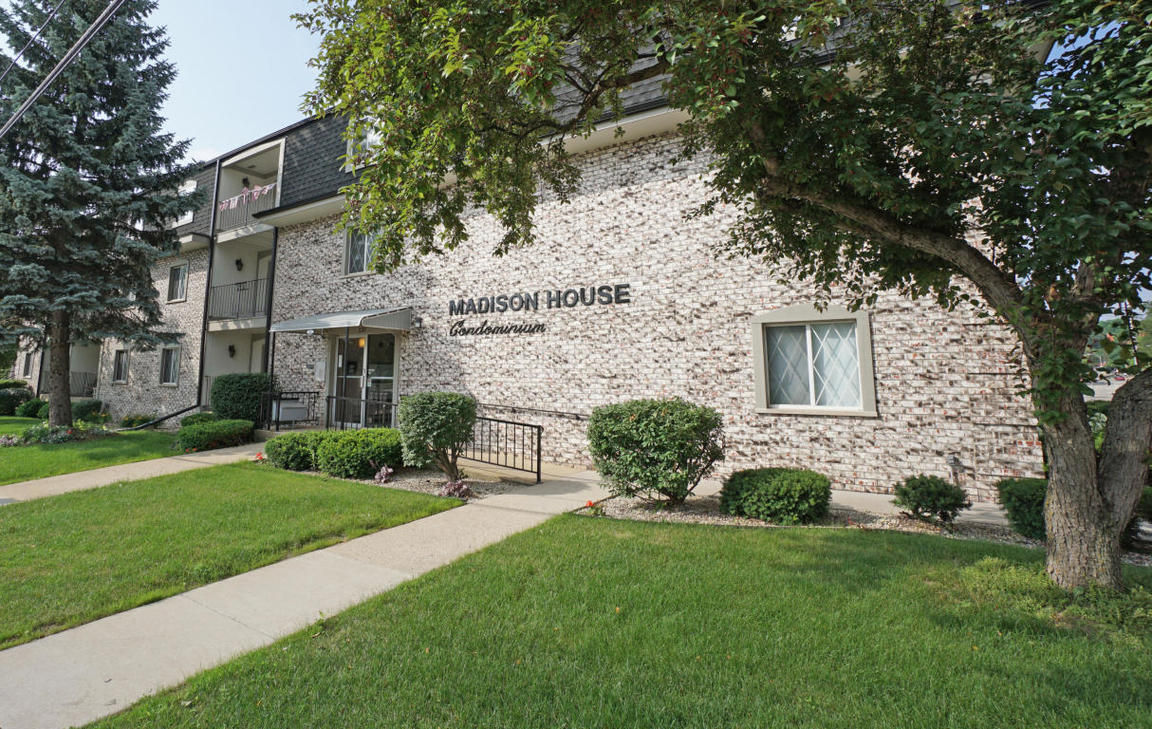 Search Storage Tagged Waukesha Wisconsin Homes For Sale