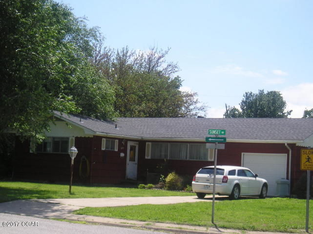 2201 LINCOLN AVENUE Baxter Springs KS 66713 id-332824 homes for sale