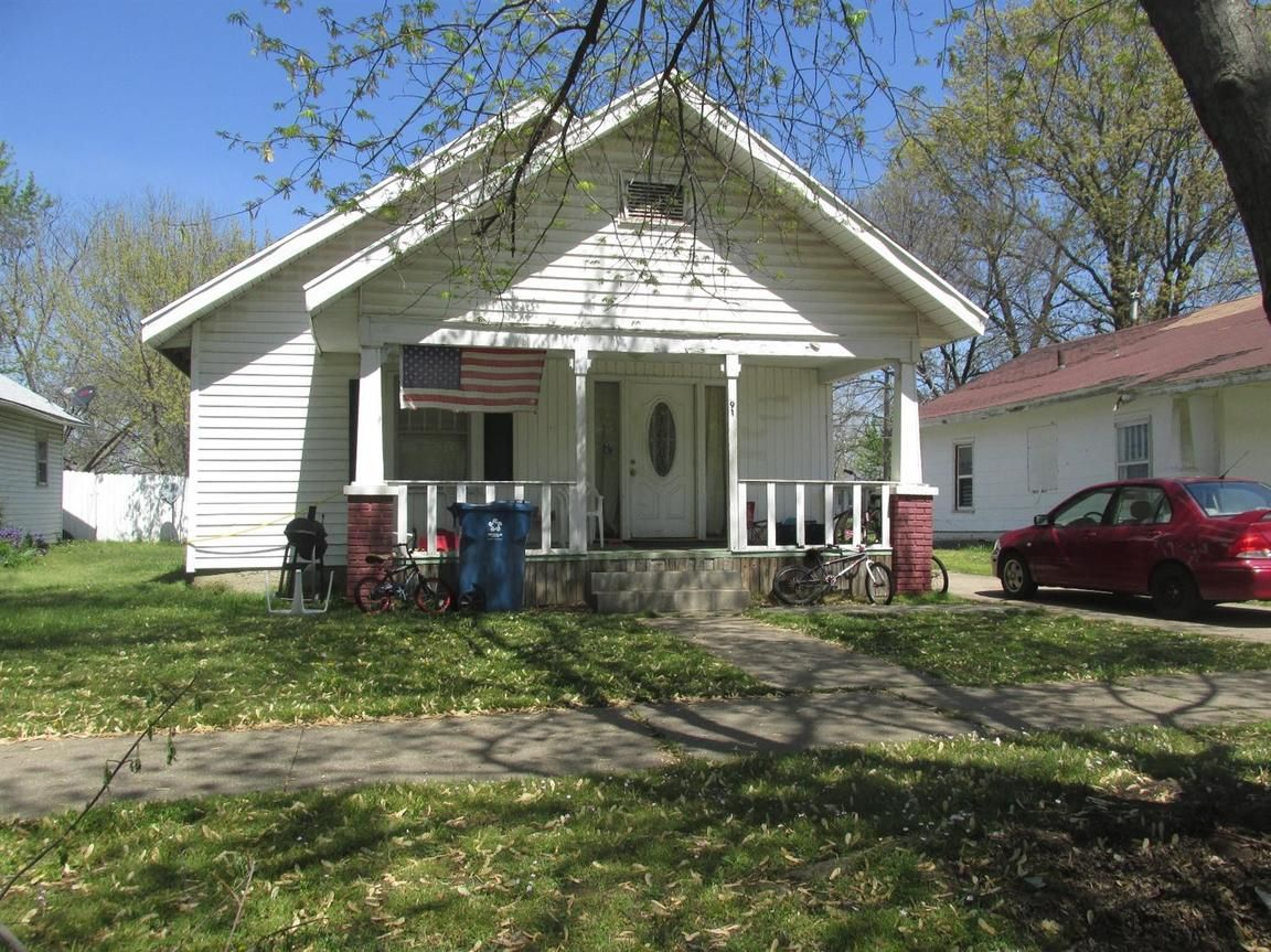 910 WEST 3RD Coffeyville KS 67337 id-843008 homes for sale