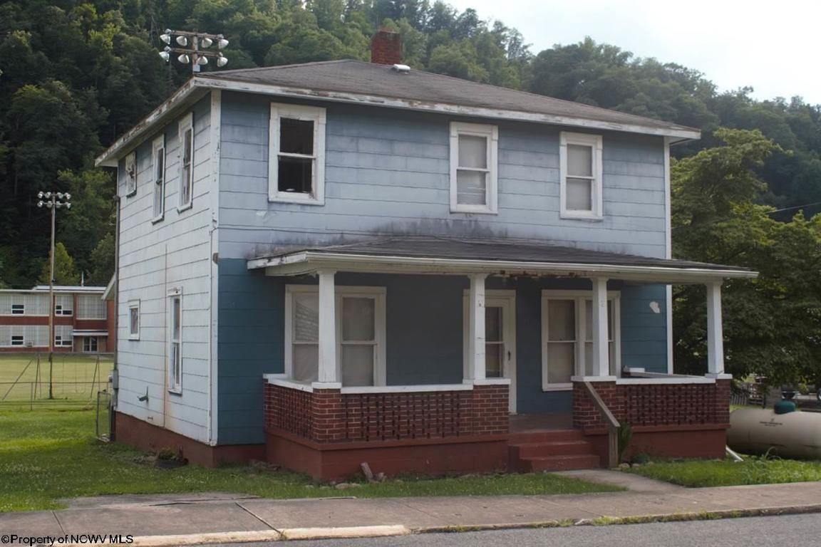 323 MCGRAW AVENUE Webster Springs WV 26288 id-837107 homes for sale