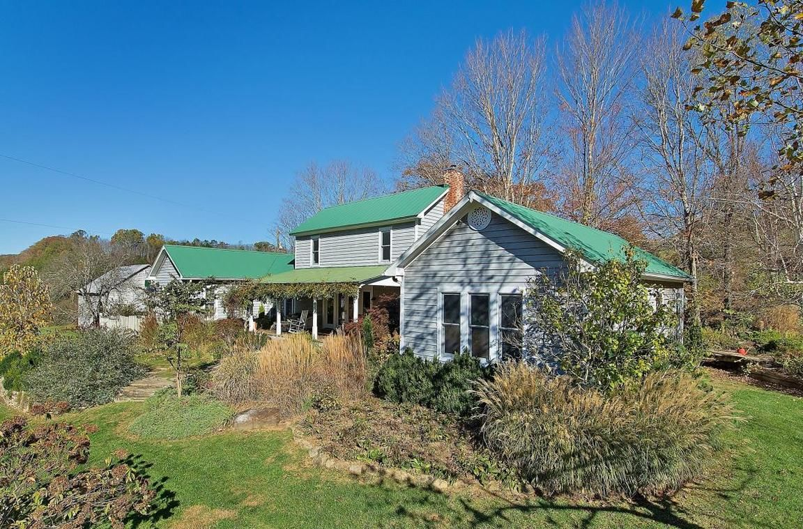 174 PYNE MOUNTIAN ROAD Union WV 24983 id-523312 homes for sale