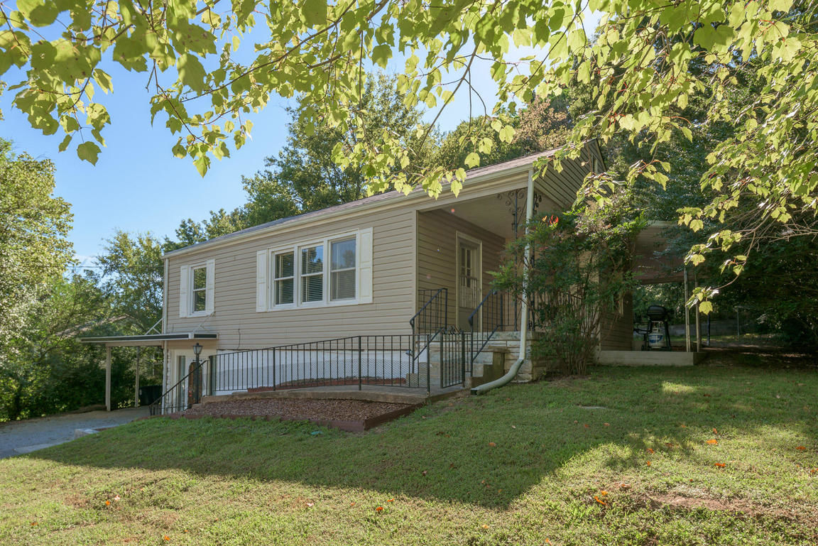 3710 CONNELLY LN Chattanooga TN 37412 id-1269439 homes for sale
