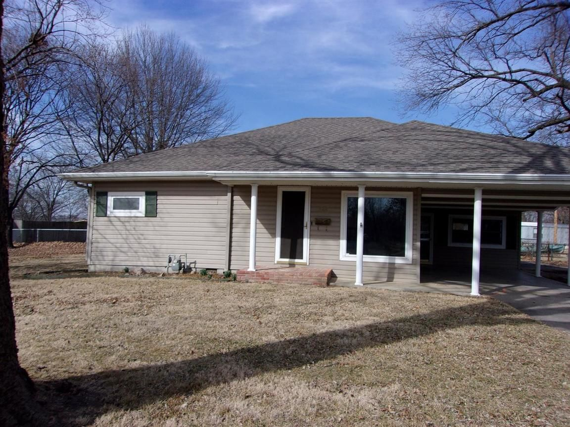 726 WEST MAIN Cherryvale KS 67335 id-170307 homes for sale