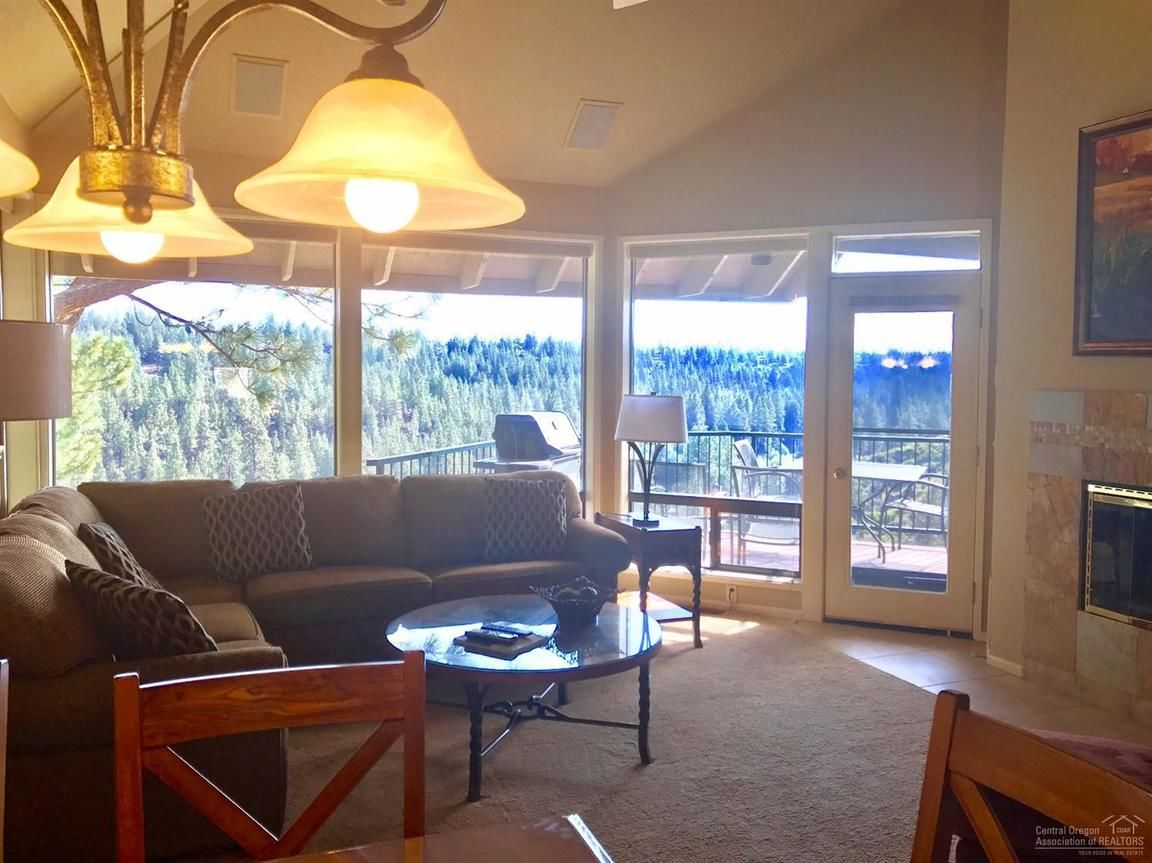 19717 MT BACHELOR DRIVE UNIT: 430E Bend OR 97702 id-651860 homes for sale
