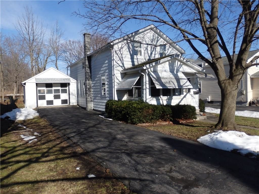 105 EAST ELIZABETH Waterloo NY 13165 id-1342379 homes for sale