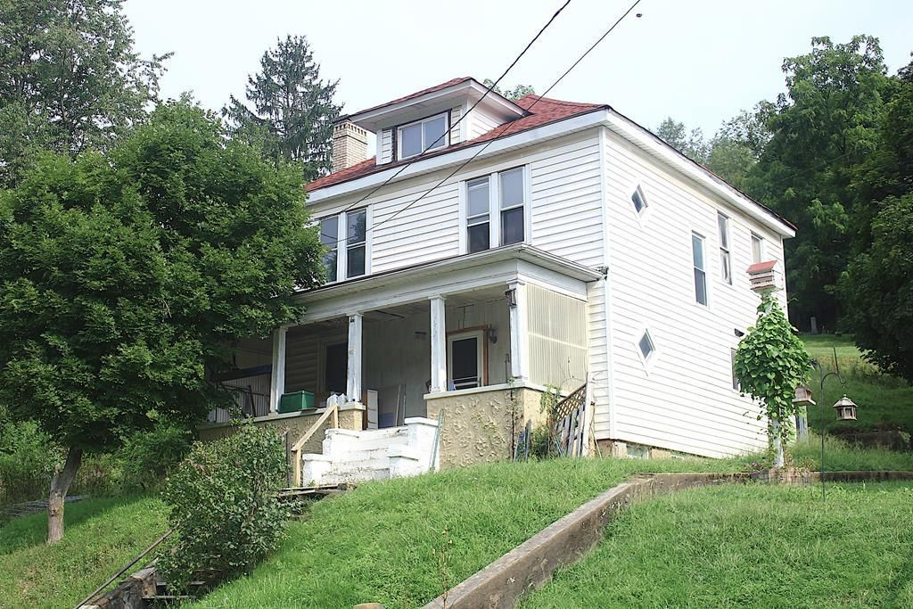 152 PENNSYLVANIA AVE Cameron WV 26033 id-967779 homes for sale