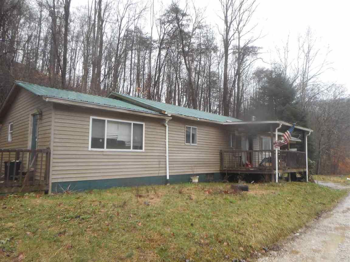 92 SMITH BRANCH ROAD Wayne WV 25570 id-652693 homes for sale