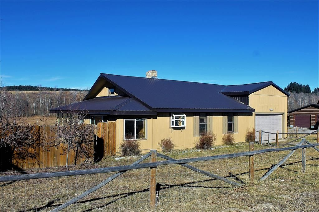 215 ASPEN LOOP ROAD West Yellowstone MT 59758 id-985644 homes for sale