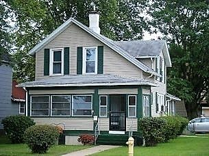 563 2ND AVE S Clinton IA 52732 id-155792 homes for sale