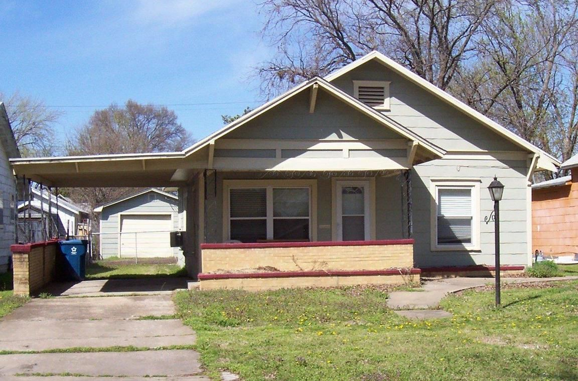 816 WEST 6TH STREET Coffeyville KS 67337 id-602104 homes for sale