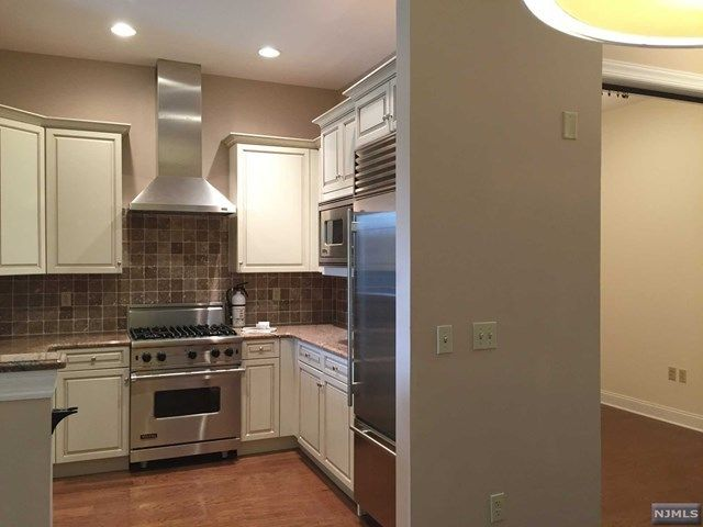 1207 THE PLAZA 1207 Tenafly NJ 07670 id-532045 homes for sale