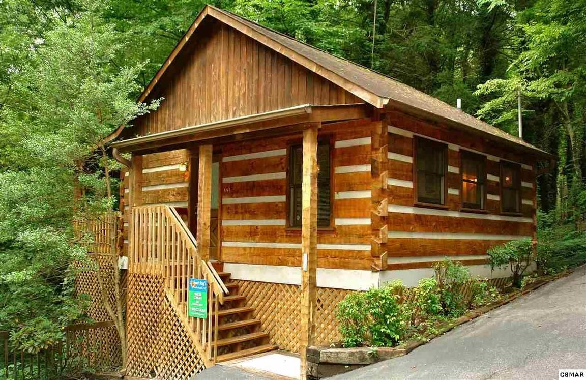 forge cabins y hotels tn gatlinburg almost pigeon log rates in heaven featured for information image hotel sale