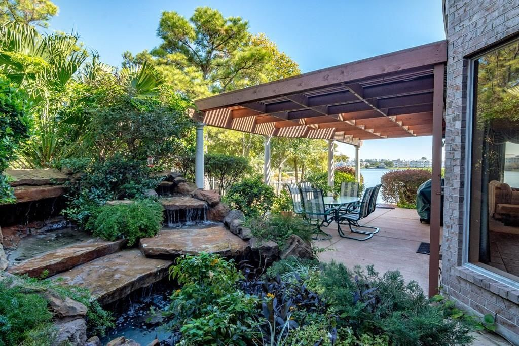Search Patio Tagged The Woodlands Texas Homes For Sale