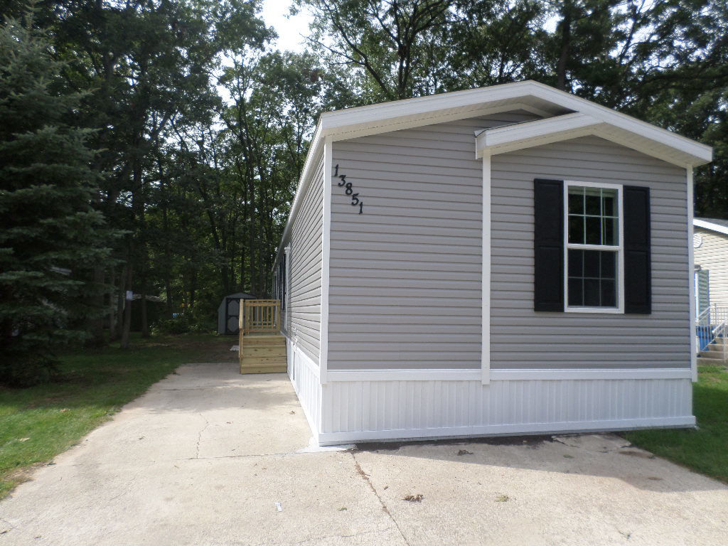 Cool 3 Bedroom Mobile Homes For Sale Below 300 000 In Grand Complete Home Design Collection Papxelindsey Bellcom