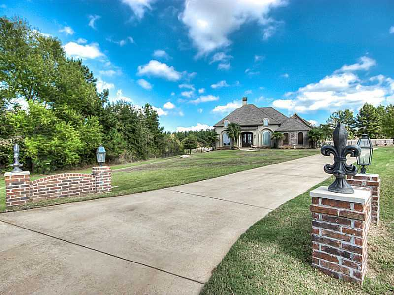 Search Luxurious Tagged Louisiana Real Estate Listings