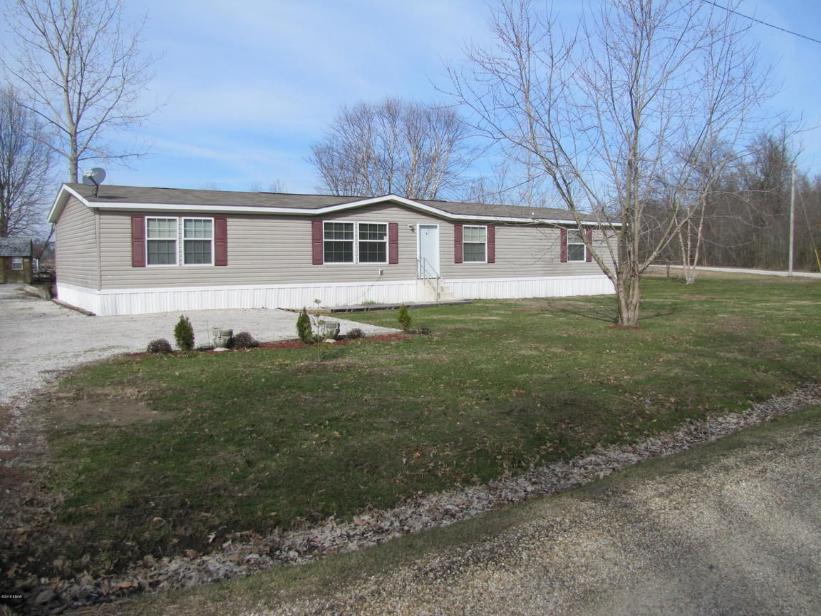 1955 YARDS ROAD Salem IL 62881 id-343985 homes for sale