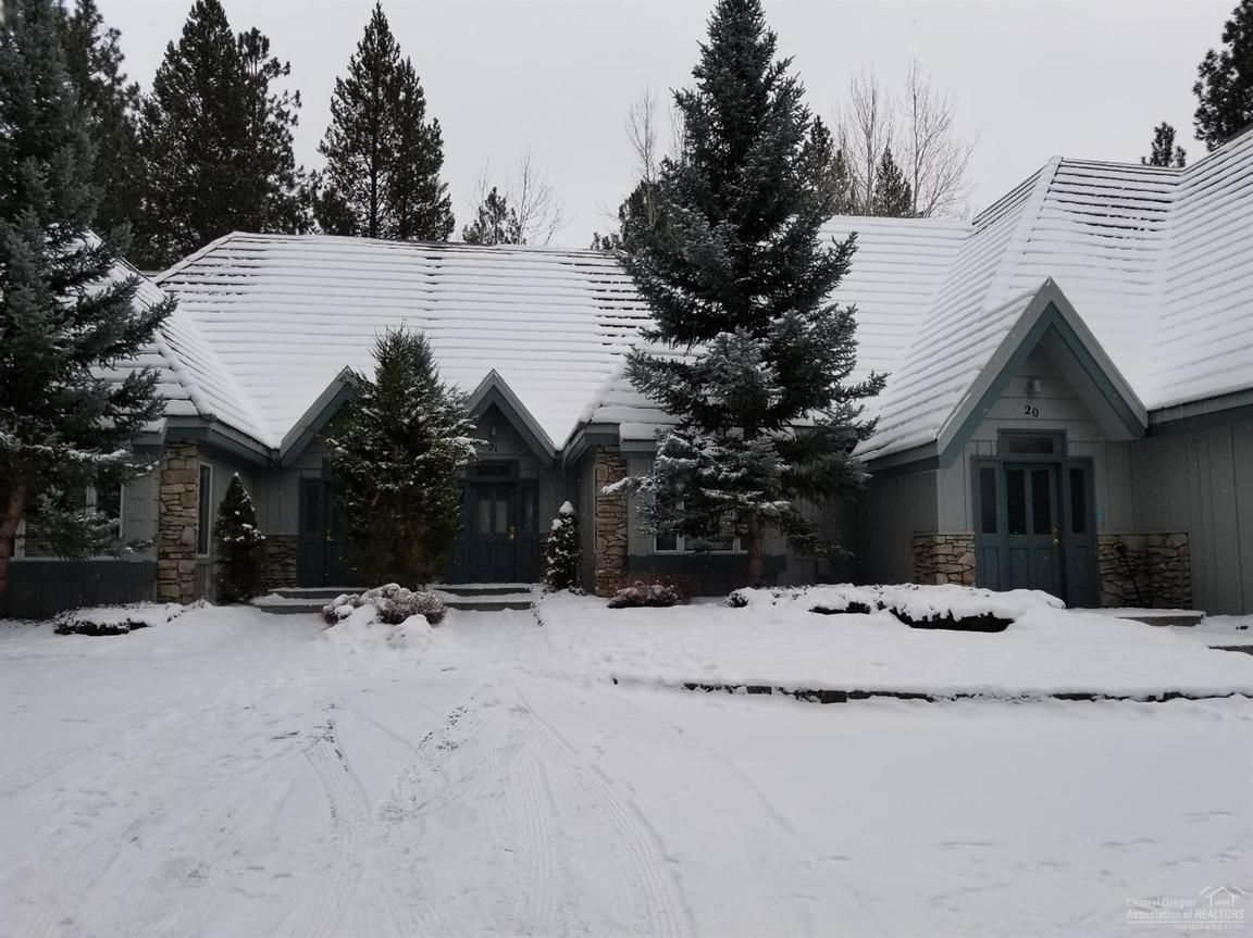 21 STONE RIDGE TOWNHOMES Sunriver OR 97707 id-680455 homes for sale