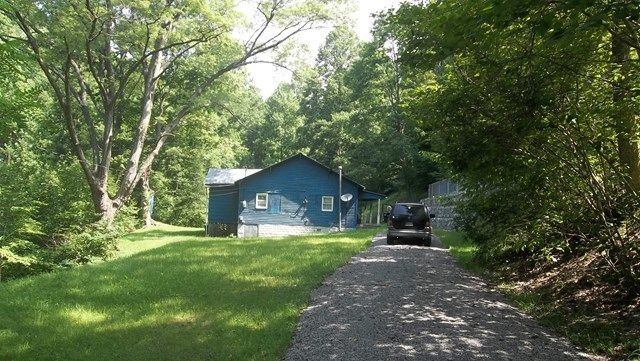562 GRIGSBY BRANCH Hazard KY 41701 id-307326 homes for sale