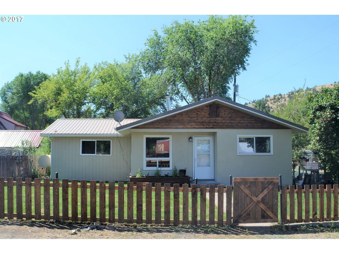 216 NW 2ND ST John Day OR 97845 id-182727 homes for sale