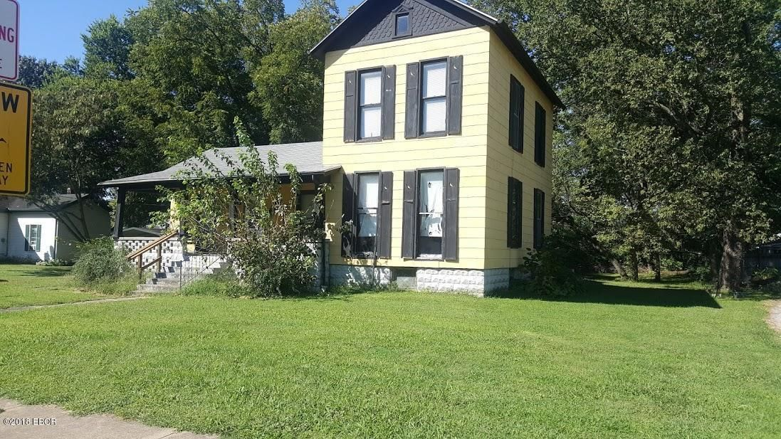 219 DIVISION Duquoin IL 62832 id-1255297 homes for sale