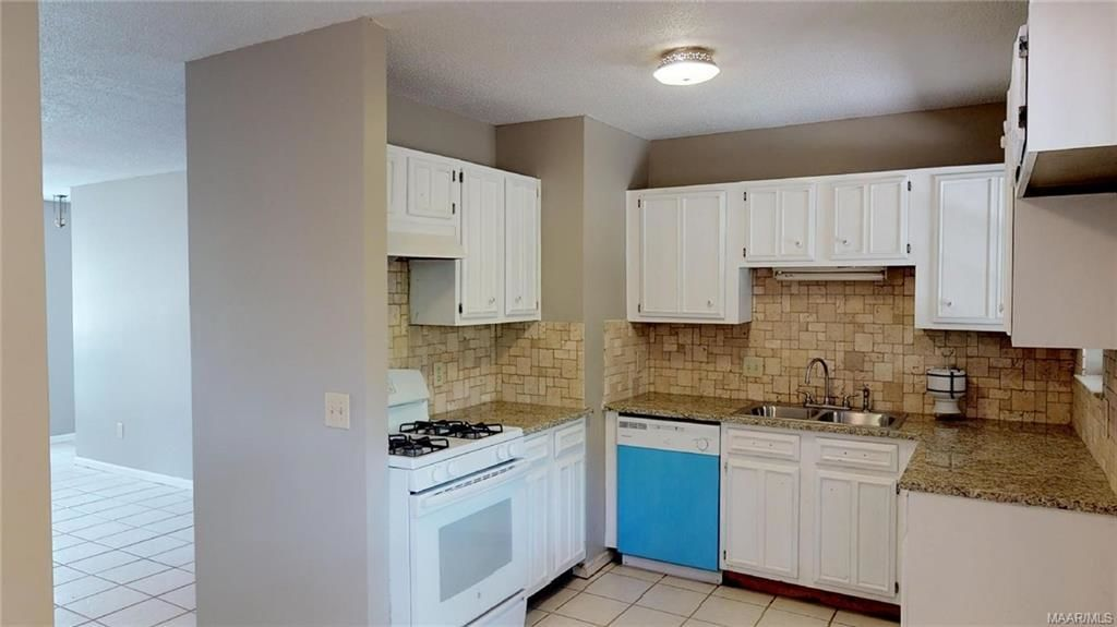 Search Remodel Tagged Montgomery Alabama Homes For Sale - Kitchen remodeling montgomery al