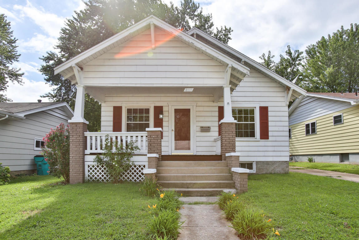 2111 North Rogers Avenue Springfield Mo For Sale