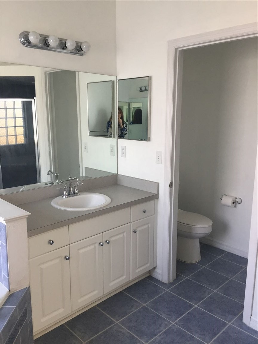 2125 nw 47th place gainesville fl for rent 0. Black Bedroom Furniture Sets. Home Design Ideas