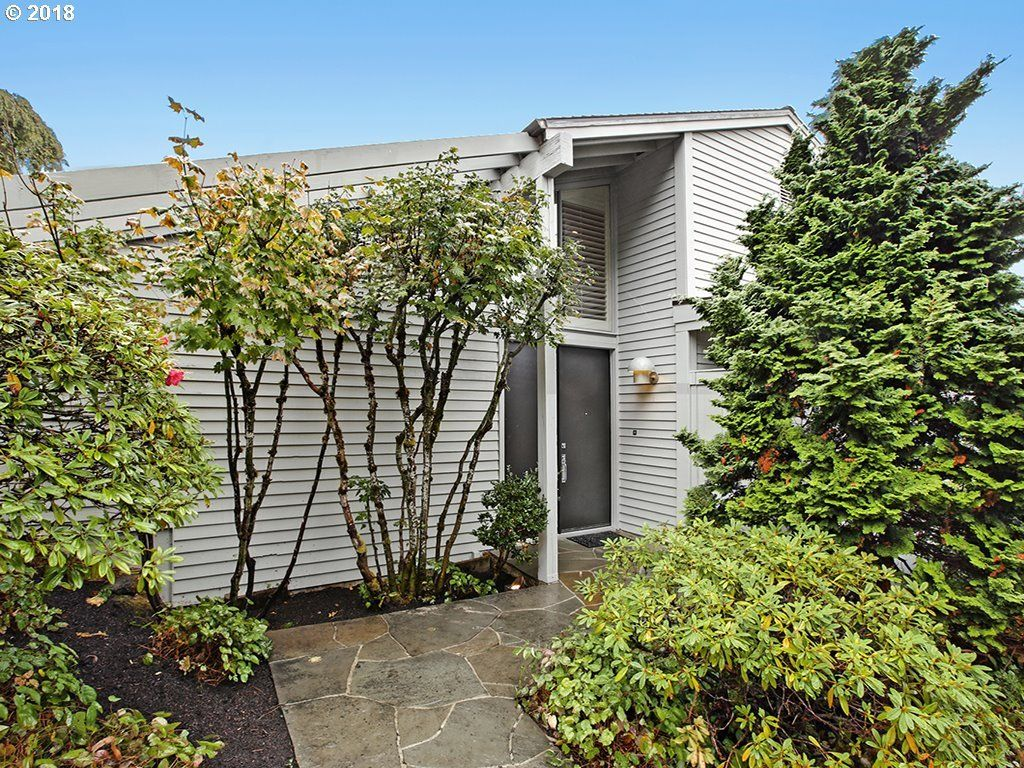 2515 SW SAINT HELENS CT Portland OR 97201 id-2217909 homes for sale