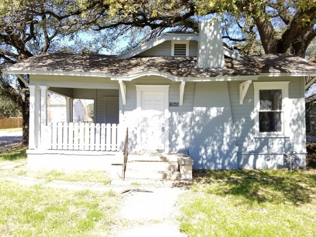 Search wood floor Tagged Waco Texas Homes for Sale