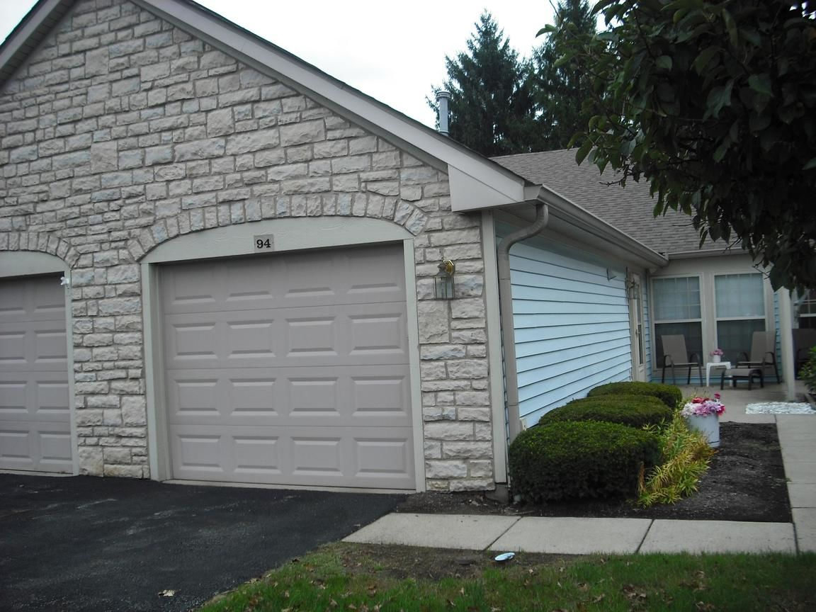 94 OAK CREEK PLACE. Columbus OH ... - Search Patio Tagged Gahanna Ohio Homes For Sale