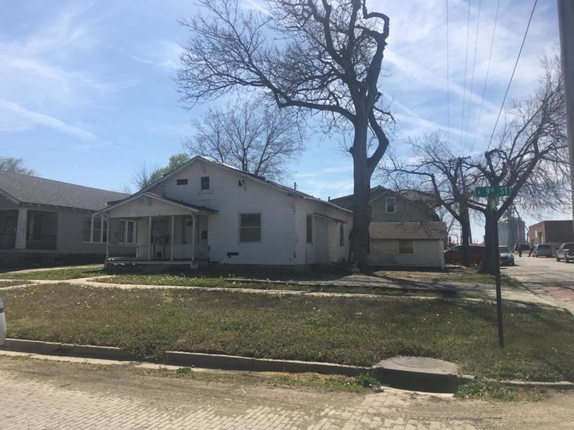 815 NORTH 9TH STREET Independence KS 67301 id-1199080 homes for sale