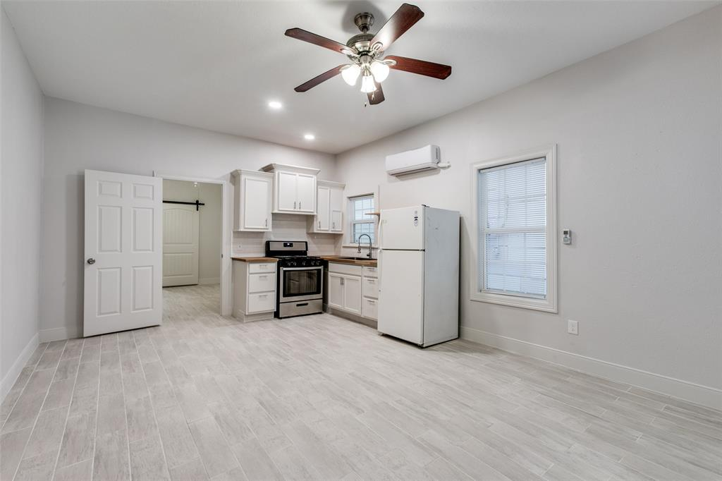Renovated 1-Bedroom House In Magnolia Park