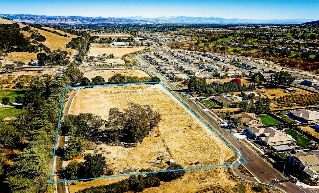 Lot In Gilroy