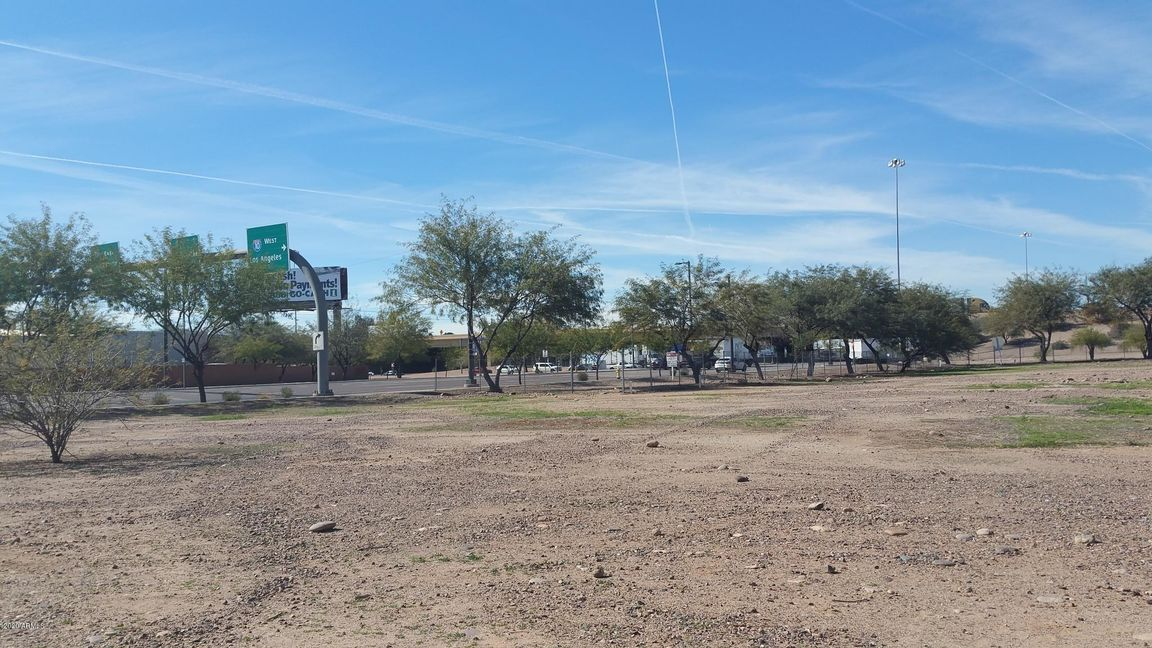 Lot In Central City