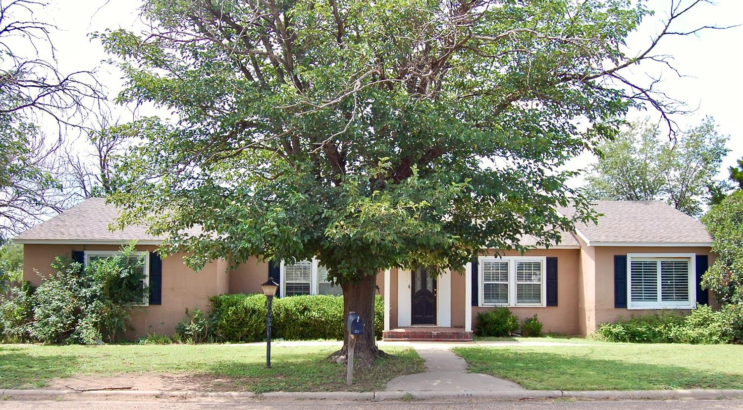 4-Bedroom House In Shallowater