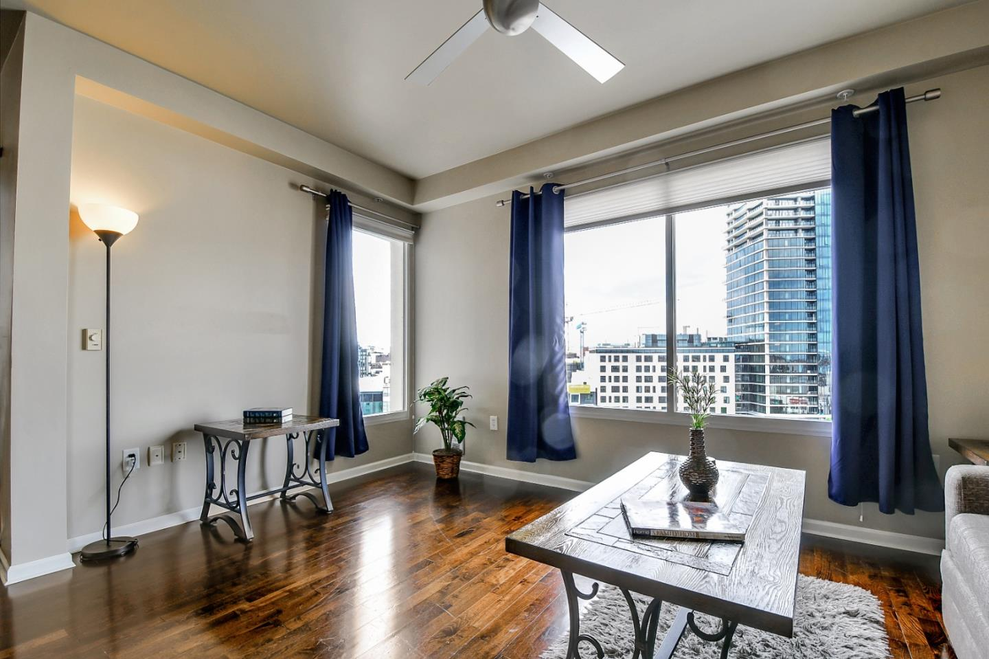 Upscale 2-Bedroom House In Western South Of Market