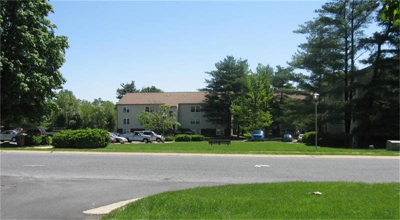 1-Bedroom House In Lincoln West Apartments