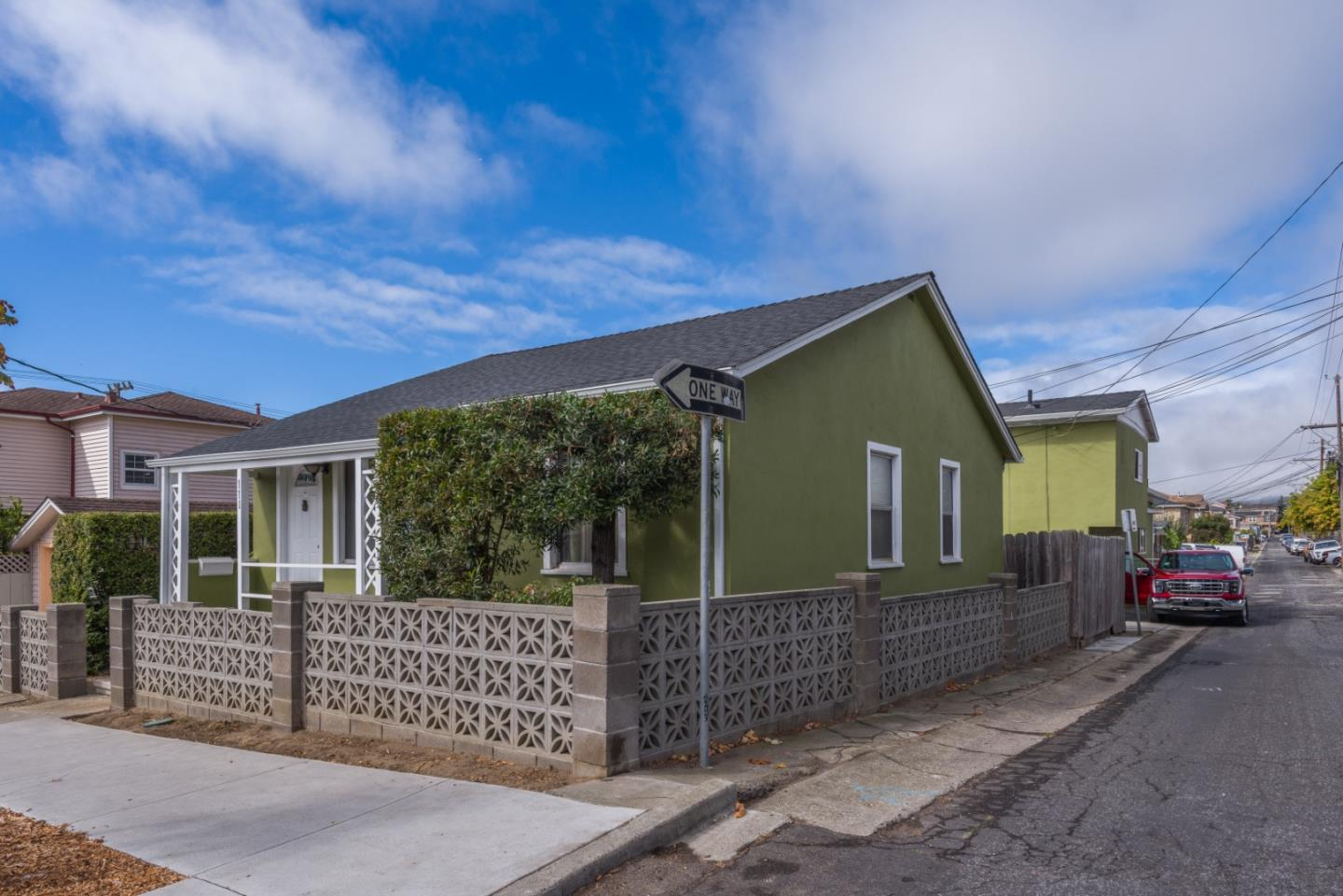 5-Bedroom House In Downtown South San Francisco