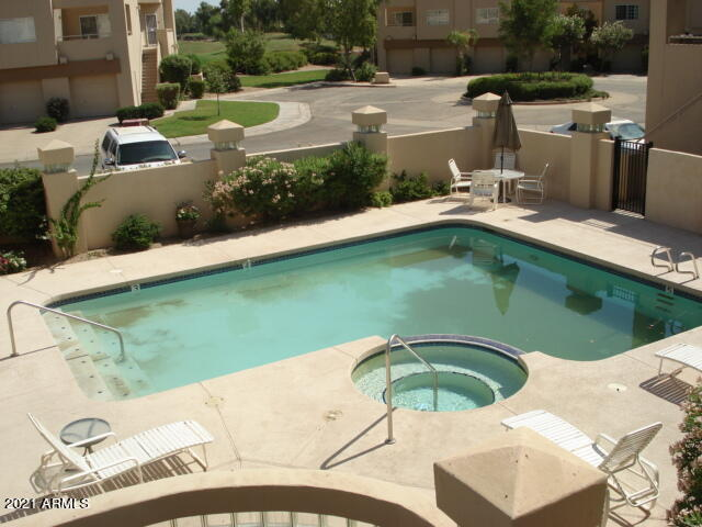 Remodeled 2-Bedroom Townhouse In Gainey Ranch