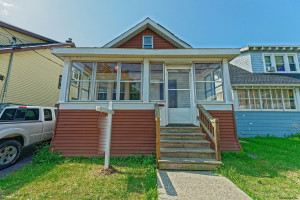 3-Bedroom House In Second Avenue