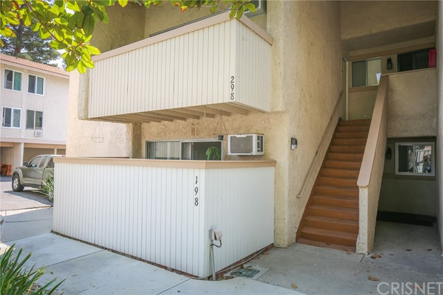 Updated 1-Bedroom House In Downtown Agoura Hills