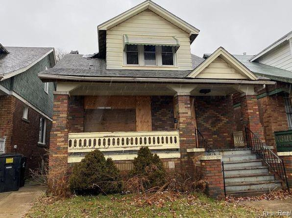1-Story Multi-Family Home In Cadillac Heights