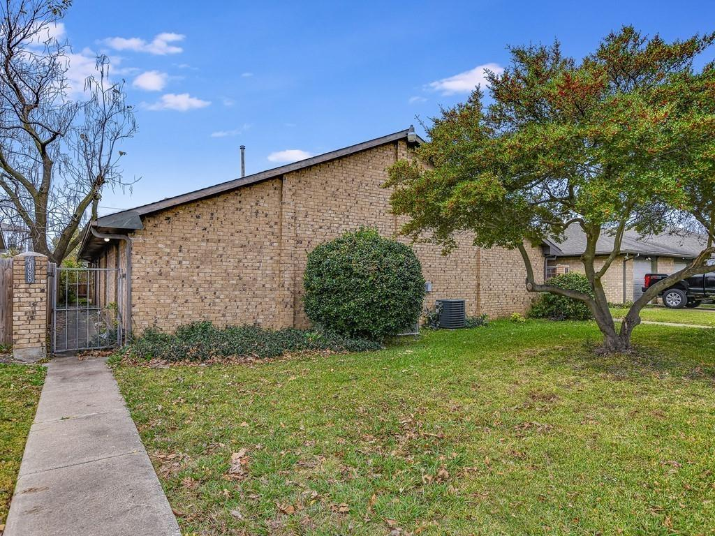 Multi-Family Home In Lontos Heights