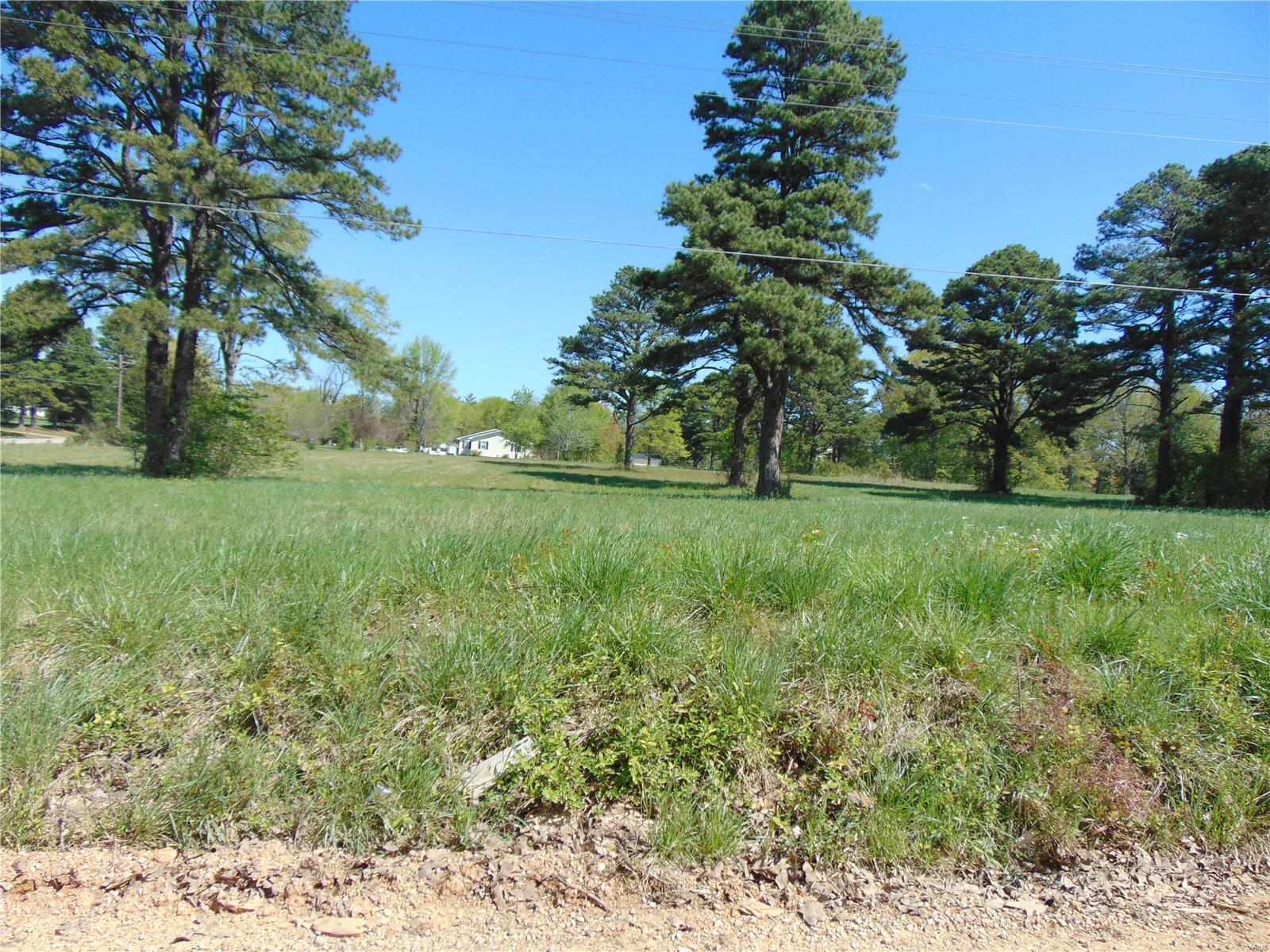 Lot In Doniphan
