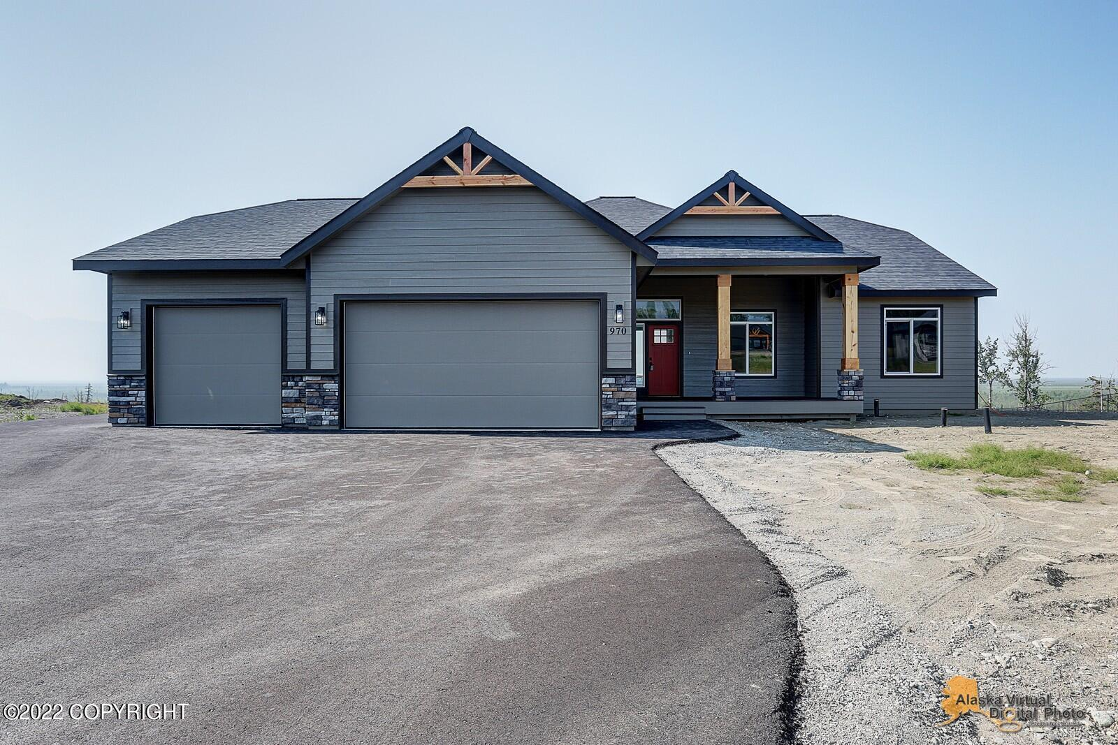 4-Bedroom House In Bluff View Acres